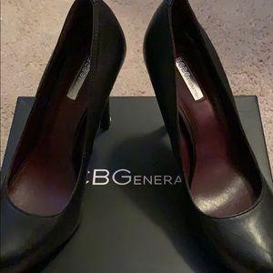 BCBGeneration Black High Heeled Pumps Sz9
